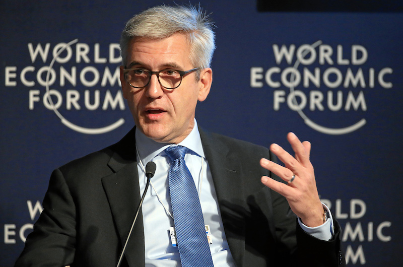 DAVOS/SWITZERLAND, 21JAN15 - Ulrich Spiesshofer, Chief Executive Officer, ABB, Switzerland discusses on the podium during the session 'The New Energy Context' in the congress centre at the Annual Meeting 2015 of the World Economic Forum in Davos, January 21, 2015. WORLD ECONOMIC FORUM/swiss-image.ch/Photo Remy Steinegger